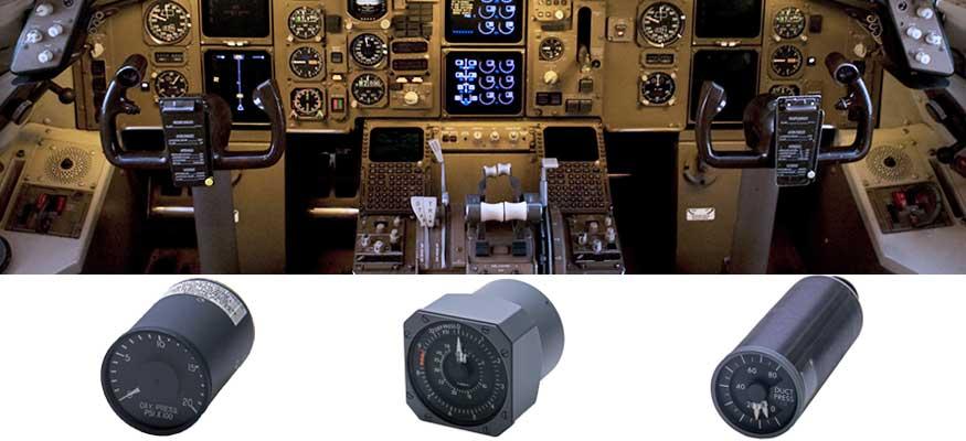 Boeing 757 cockpit indicators